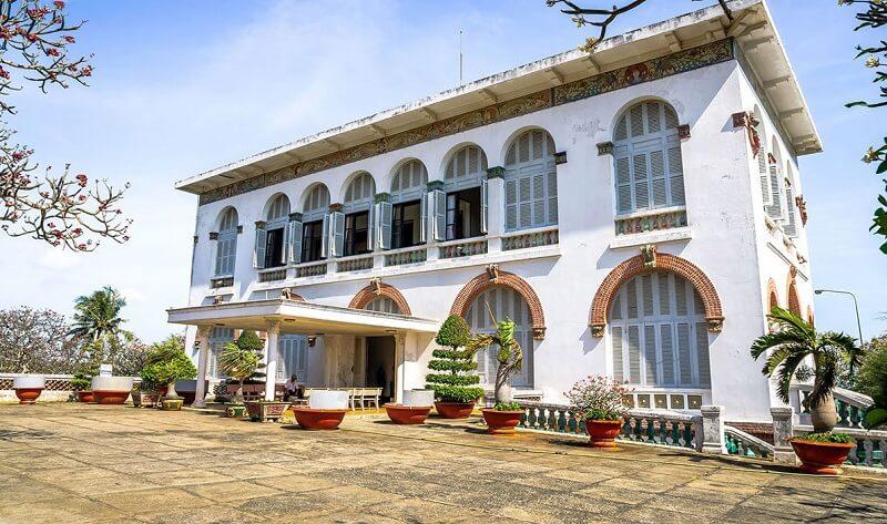 Bạch Dinh