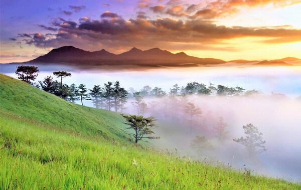 Địa điểm Du lịch tại đà lạt: Núi Lang Biang