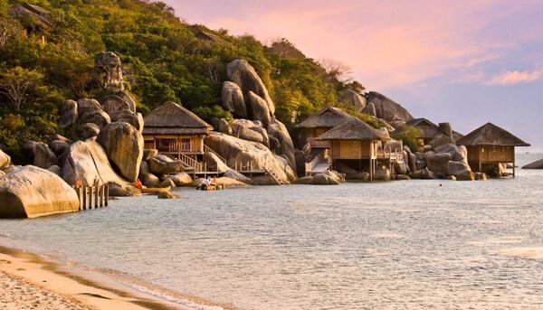 Điểm du lịch ấn tượng và nổi tiếng ở Nha Trang