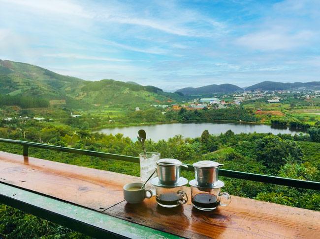 cafe me linh tour san may dalat