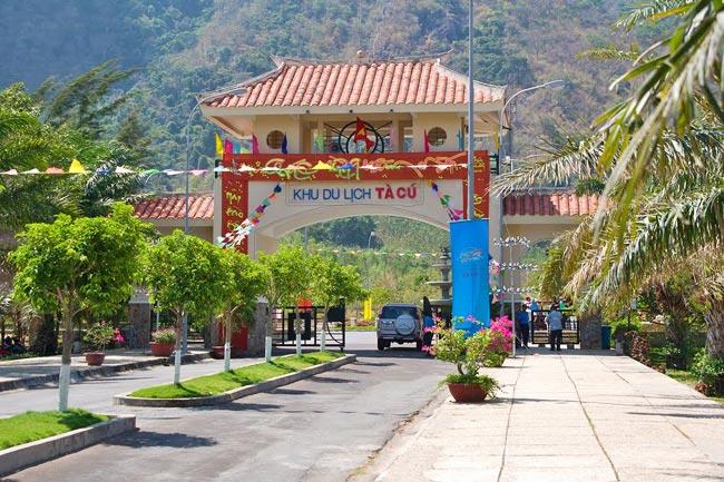 Tour tham quan chùa Tà Cú