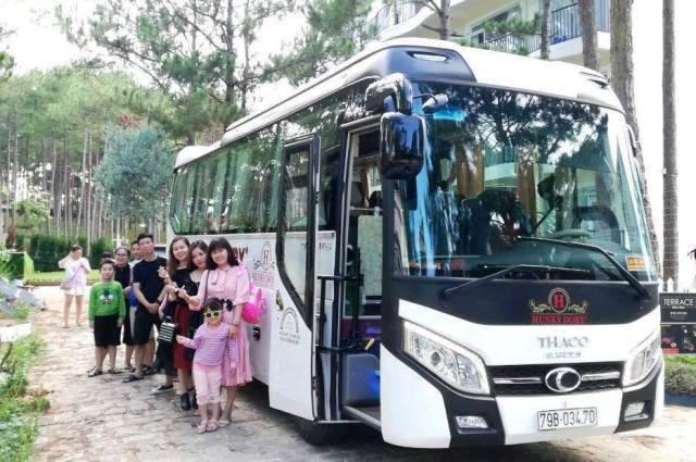 xe don tour thac yangbay rivn