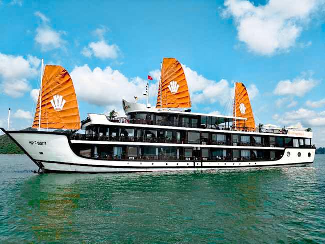 du thuyen Genesis regal Cruise 1024x768 1