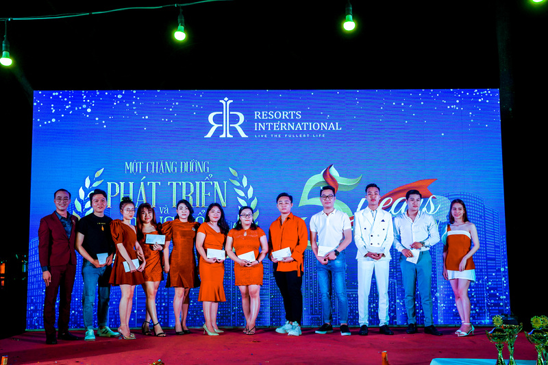 year end party resort international vietnam 10