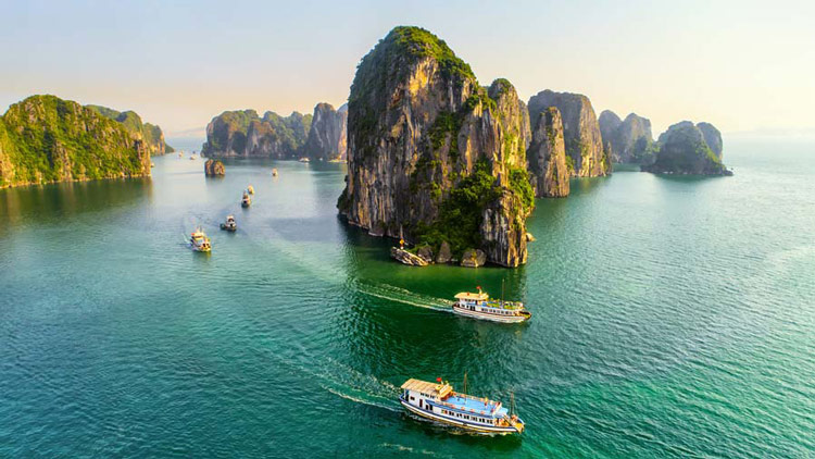 vinh ha long resorts international Tour